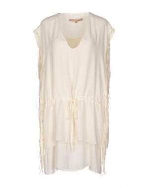 Короткое платье BABYLON. Цвет: слоновая кость