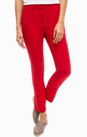 Легкие укороченные брюки красного цвета TRUCCO. Цвет: красный