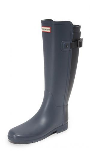 Изящные сапоги Original с ремешком сзади Hunter Boots. Цвет: темный синевато-серый/черный