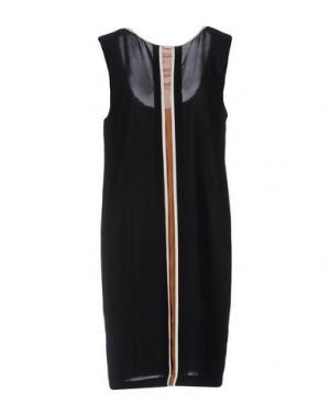 Короткое платье SUOLI. Цвет: черный