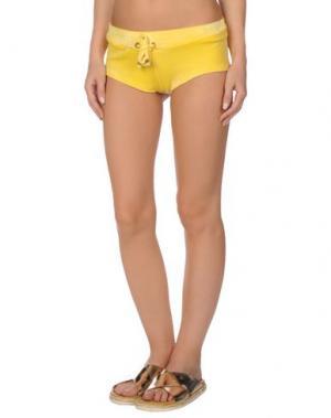 Пляжные брюки и шорты ELISABETTA FRANCHI JEANS for CELYN B.. Цвет: желтый