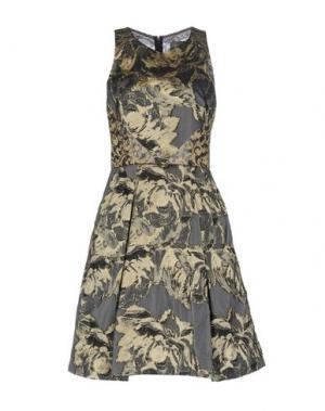 Платье до колена THEIA. Цвет: серый