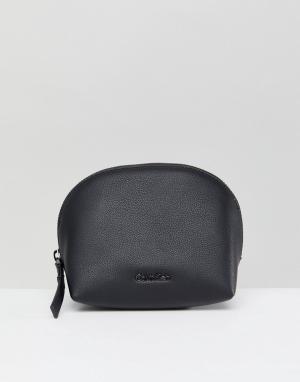 Calvin Klein Косметичка в минималистском стиле. Цвет: черный