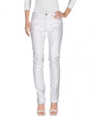 Джинсовые брюки REIGN. Цвет: белый