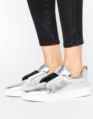 Sol Sana Серебристые кожаные кроссовки-слипоны Mickey. Цвет: серебряный