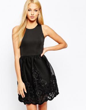 Lipsy Короткое приталенное платье для выпускного с кружевной вышитой юбкой L. Цвет: черный