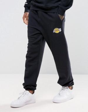 Mitchell & Ness Джоггеры с манжетами LA Lakers NBA. Цвет: черный