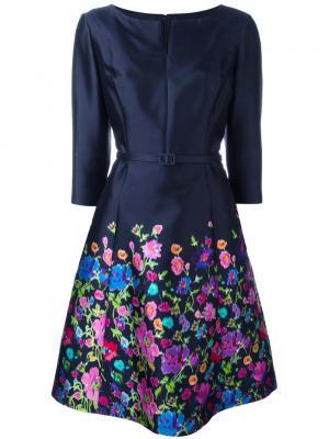 Платье с цветочным принтом Oscar de la Renta. Цвет: синий