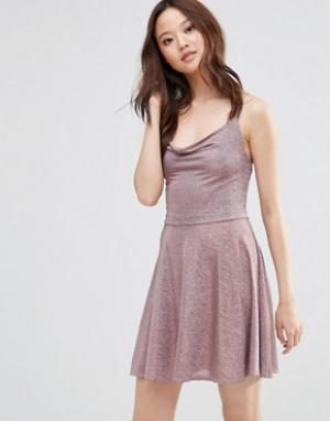Wal G Блестящее платье на бретельках. Цвет: розовый