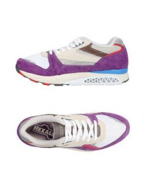 Низкие кеды и кроссовки REEBOK. Цвет: фиолетовый