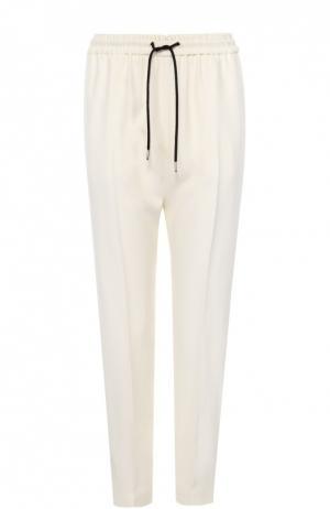 Шелковые брюки с контрастными лампасами и эластичным поясом Burberry. Цвет: светло-бежевый