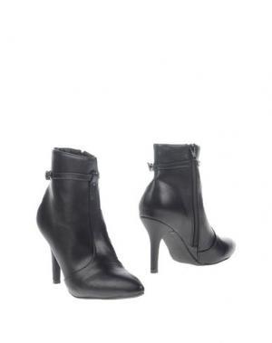 Полусапоги и высокие ботинки GIORGIA & JOHNS. Цвет: черный