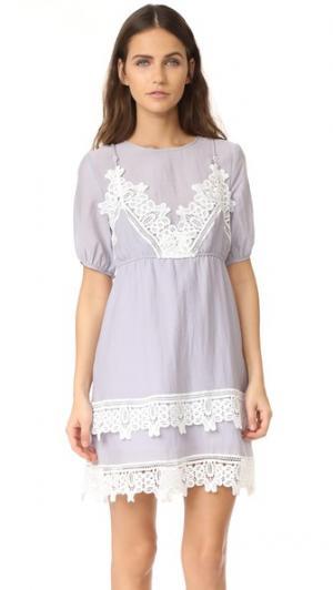 Платье с короткими рукавами и вышивкой ENGLISH FACTORY. Цвет: голубой