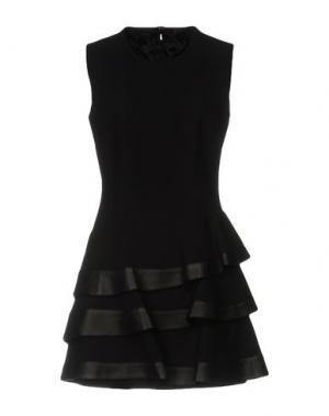 Короткое платье EMANUEL UNGARO. Цвет: черный