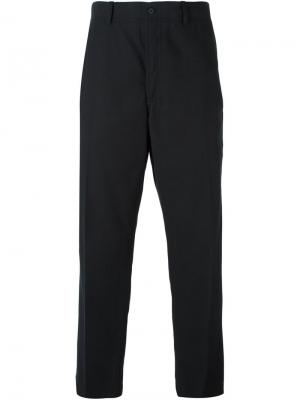 Слегка зауженные брюки Ami Alexandre Mattiussi. Цвет: чёрный