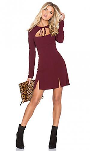 Платье derek STONE_COLD_FOX. Цвет: вишня
