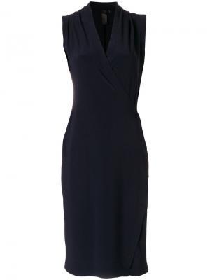 Приталенное платье с запахом Norma Kamali. Цвет: синий