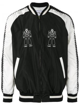 Куртка-бомбер с вышитыми роботами Lc23. Цвет: чёрный