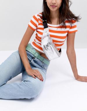 Glamorous Сумка-кошелек на пояс с массивной серебристой молнией. Цвет: белый