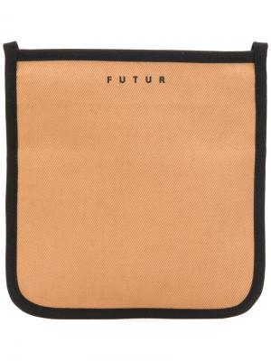 Сумка на плечо Futur. Цвет: коричневый