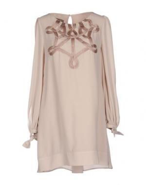 Короткое платье EUREKA. Цвет: бежевый