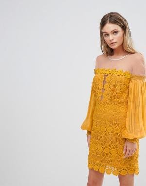 Three Floor Кружевное платье мини с рукавами клеш. Цвет: желтый