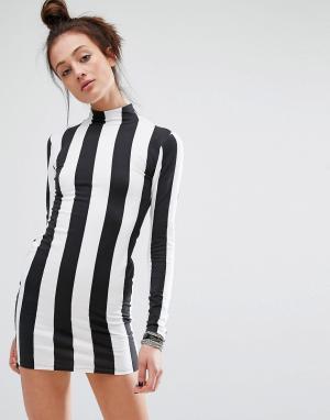 Motel Облегающее платье в монохромную полоску с длинными рукавами. Цвет: черный