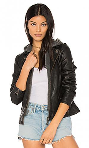 Куртка clash DOMA. Цвет: черный