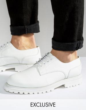 Hudson London Кожаные туфли дерби эксклюзивно для ASOS. Цвет: белый