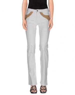 Джинсовые брюки PARASUCO CULT. Цвет: белый