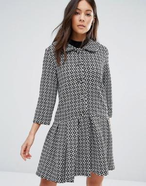 Unique 21 Платье с пуговицами спереди и оборкой по краю. Цвет: черный