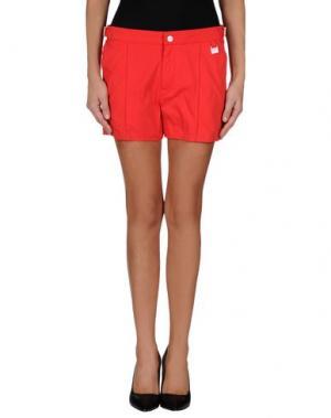 Повседневные шорты PANTONE UNIVERSE BY SONIA SPENCER. Цвет: красный