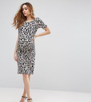 Isabella Oliver Платье для беременных с присборенной отделкой Ida. Цвет: мульти