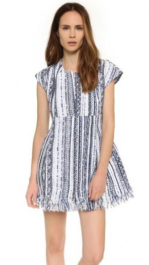 Платье с вышивкой Nando Koch. Цвет: белая и синяя бахрома