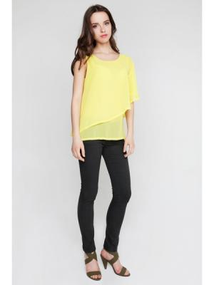 Блузка Bad Girl с воланом желтая MONOROOM. Цвет: желтый