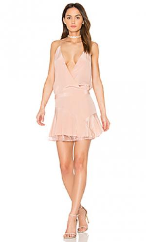 X revolve cami ruffle mini dress Michelle Mason. Цвет: румянец