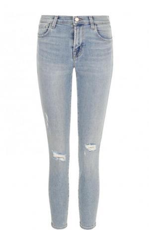 Укороченные джинсы-скинни с потертостями J Brand. Цвет: голубой