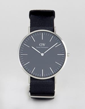 Daniel Wellington Часы с серебристым циферблатом Classic. Цвет: черный