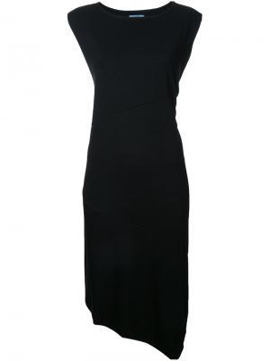 Асимметричное платье с разрезом сбоку Guild Prime. Цвет: чёрный