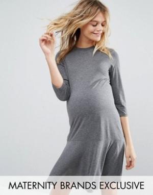 Bluebelle Maternity Трикотажное платье для беременных с рукавами 3/4 и баской Ma. Цвет: серый