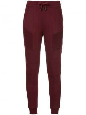 Классические трикотажные брюки Pierre Balmain. Цвет: красный