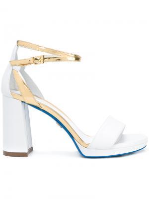 Босоножки на высоком каблуке Loriblu. Цвет: белый