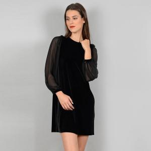 Платье короткое с длинными рукавами MOLLY BRACKEN. Цвет: черный