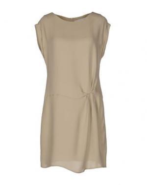 Короткое платье GOLD CASE. Цвет: хаки