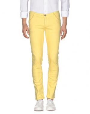 Джинсовые брюки DAVID NAMAN. Цвет: желтый
