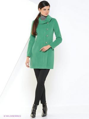 Пальто Amulet. Цвет: зеленый