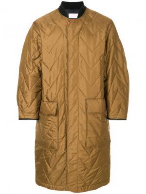 Длинное стеганое пальто на молнии Reality Studio. Цвет: коричневый