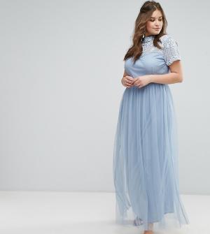 Maya Plus Платье макси с отделкой на кокетке и короткими рукавами. Цвет: синий
