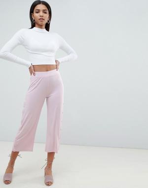 ASOS Укороченные брюки с кнопками DESIGN. Цвет: фиолетовый