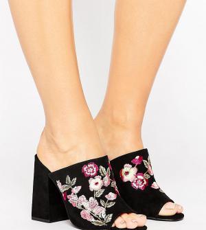 New Look Wide Fit Сабо на каблуке для широкой стопы с вышивкой. Цвет: черный